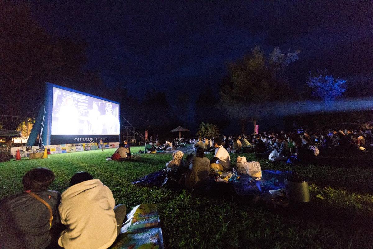 鹿児島県徳之島の野外映画イベントの画像