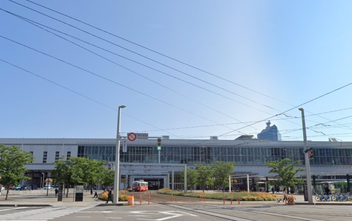 富山県の富山駅駅の画像