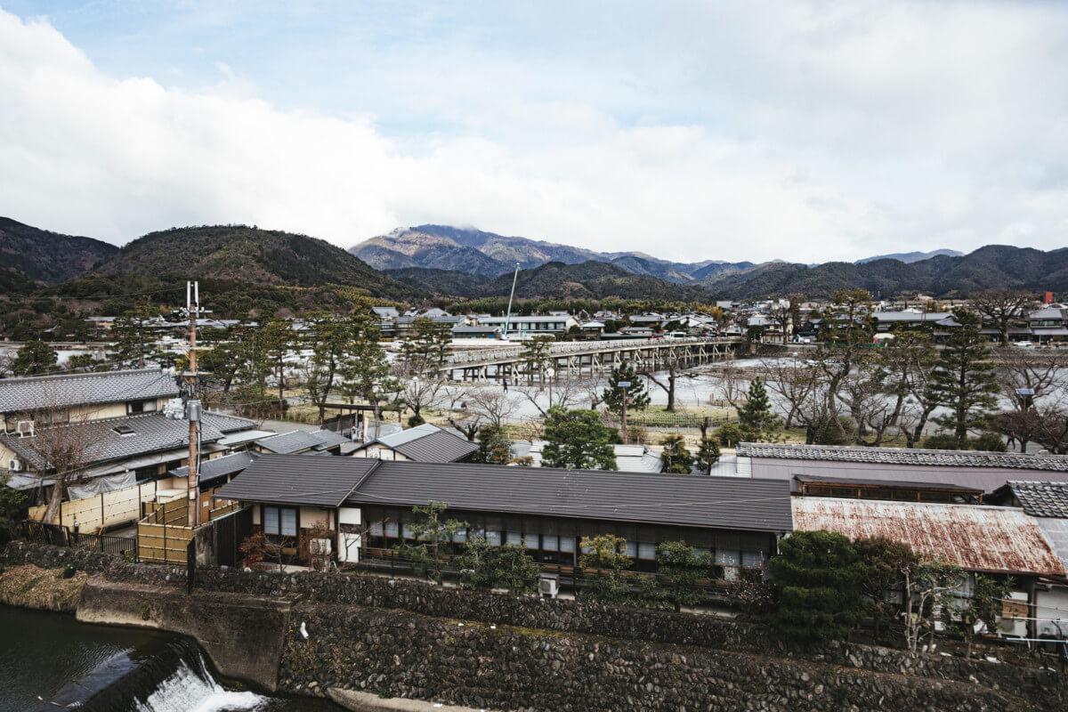 京都府にある嵐山の画像